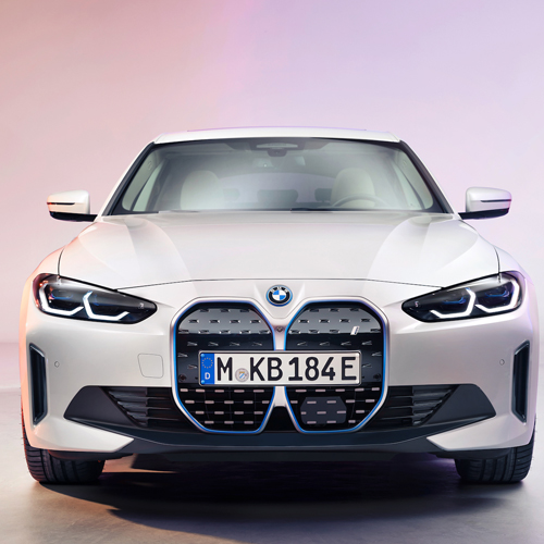 Introducing the All-Electric BMW i4 Plugged-in Performance
